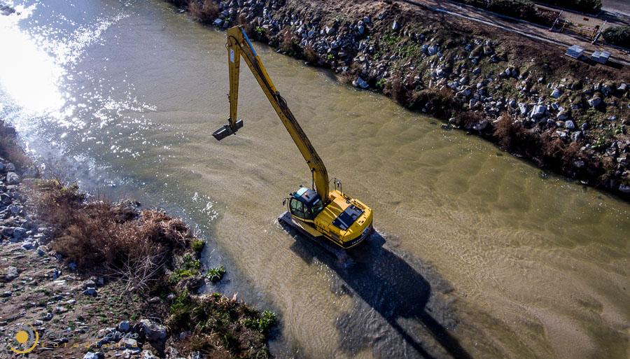 0005 Obras en rio