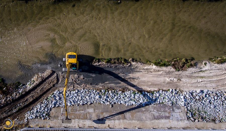 0008 Obras en rio
